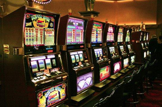 Автоматы Делюкс, лучшие слоты и новинки в мире азартных развлечений